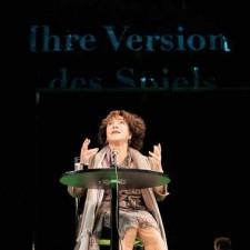 BUEHNE_ihre_version_des_spiels_111