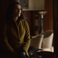 "Kiera Knightly as ""Rachel Morgan"" in The Aftermath. Photo by David Appleby. © 2017 Twentieth Century Fox Film Corporation All Rights Reserved"